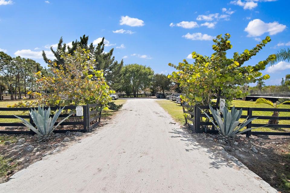 16720 Hollow Tree Lane  Wellington, FL 33470