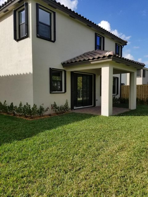 Additional photo for property listing at 9025 Gulf Cove Dr 9025 Gulf Cove Dr Lake Worth, Florida 33467 United States