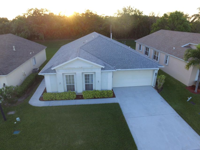 Single Family Home for Sale at 212 SW Lake Forest Way 212 SW Lake Forest Way Port St. Lucie, Florida 34986 United States