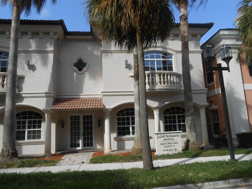 Rentals for Sale at 37 SE 5th Street 37 SE 5th Street Boca Raton, Florida 33432 United States