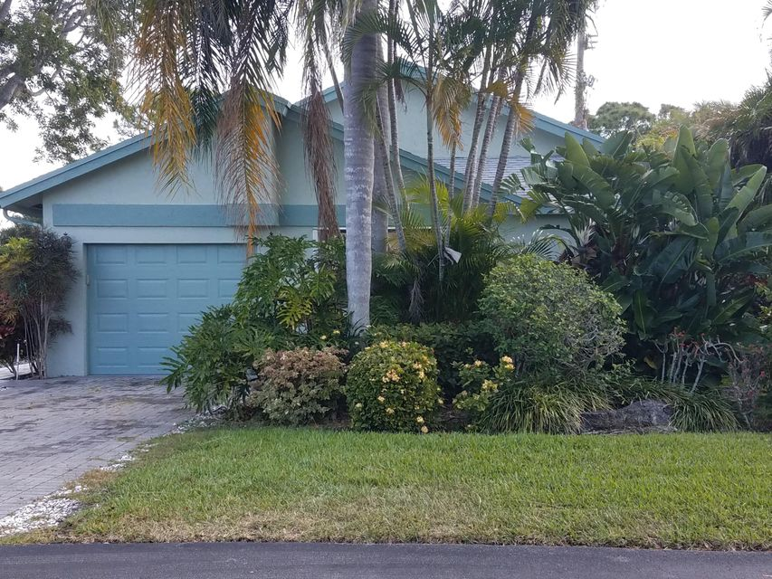 Single Family Home for Sale at 1435 NW 23rd Lane 1435 NW 23rd Lane Delray Beach, Florida 33445 United States