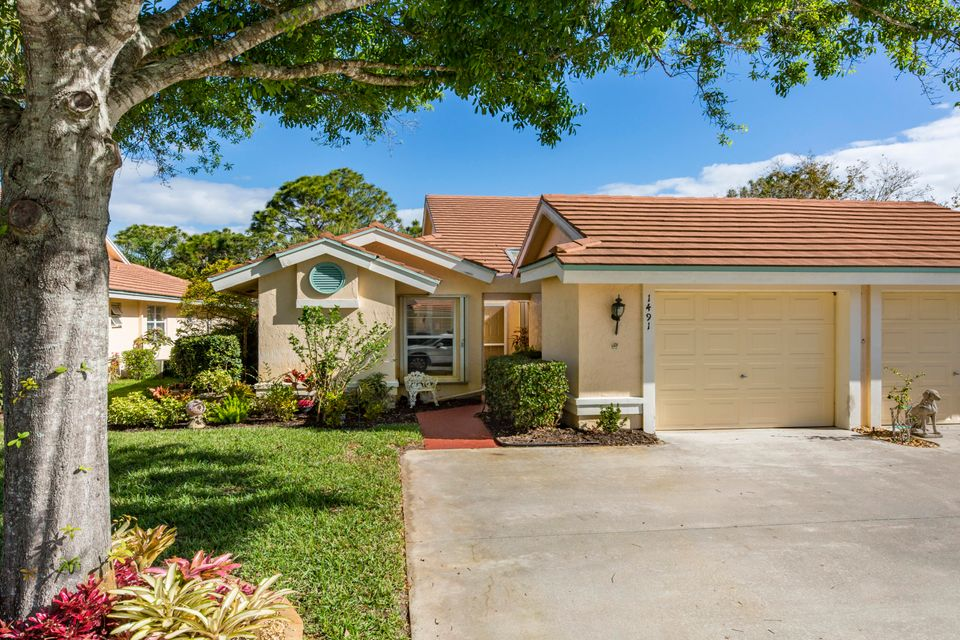 Villa for Sale at 1491 SW Greens Pointe Way 1491 SW Greens Pointe Way Palm City, Florida 34990 United States