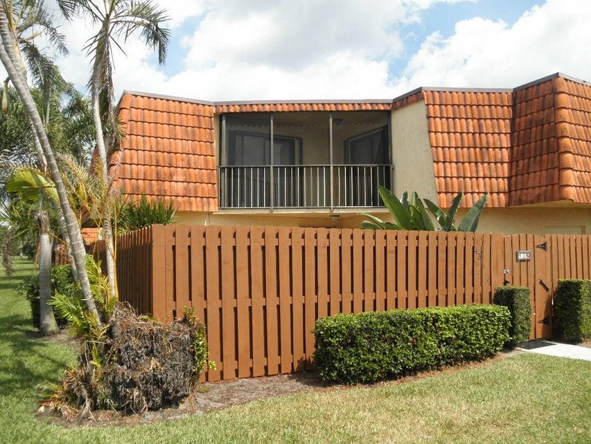 Townhouse for Rent at 43 Springdale Circle 43 Springdale Circle Palm Springs, Florida 33461 United States