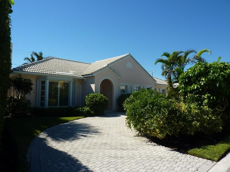 Single Family Home for Rent at 260 Plantation Road 260 Plantation Road Palm Beach, Florida 33480 United States