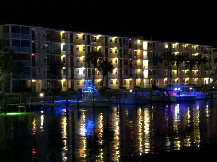 108 Paradise Harbour Blvd #514