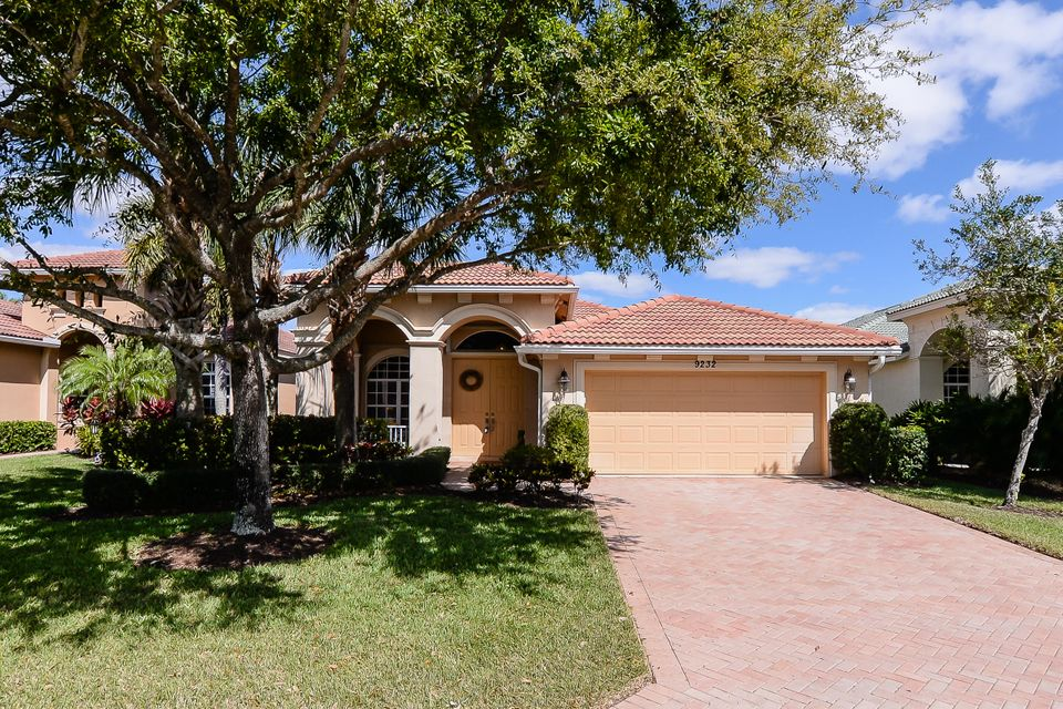 Single Family Home for Sale at 9232 Short Chip Circle 9232 Short Chip Circle Port St. Lucie, Florida 34986 United States