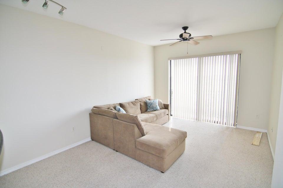 511 Lucerne Avenue 610 Lake Worth, FL 33460 photo 3