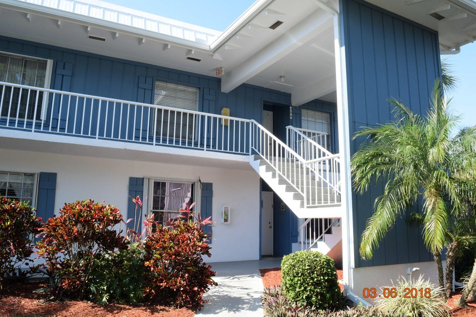 Condominium for Sale at 1852 SW Palm City Road # 106 1852 SW Palm City Road # 106 Stuart, Florida 34994 United States