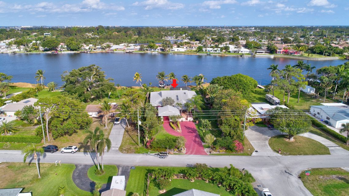 6760 Eastview Drive Lake Worth, FL 33462 small photo 1