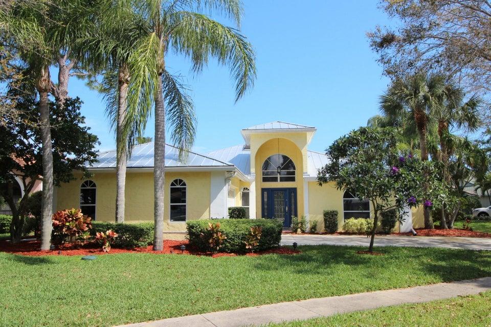 Single Family Home for Sale at 6881 Big Cypress Drive 6881 Big Cypress Drive Jupiter, Florida 33458 United States