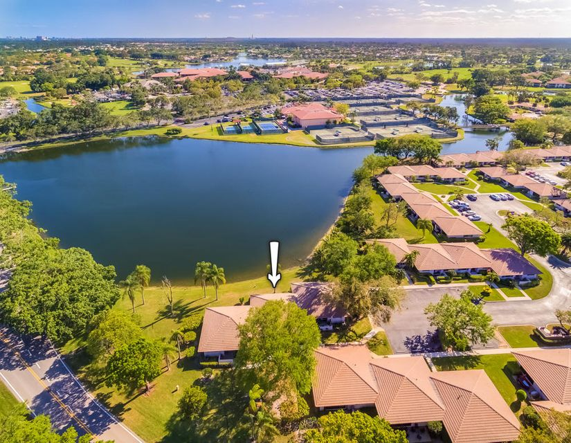 116 Club Drive , Palm Beach Gardens FL 33418 is listed for sale as MLS Listing RX-10409853 21 photos