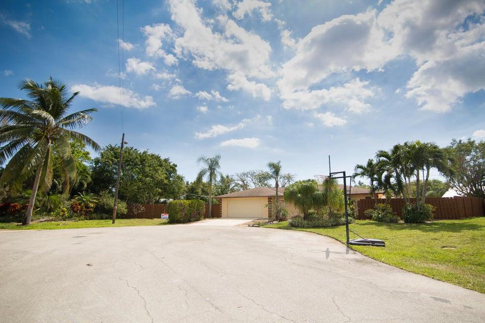 Home for sale in LAKE IDA SHORES 1ST ADD Delray Beach Florida