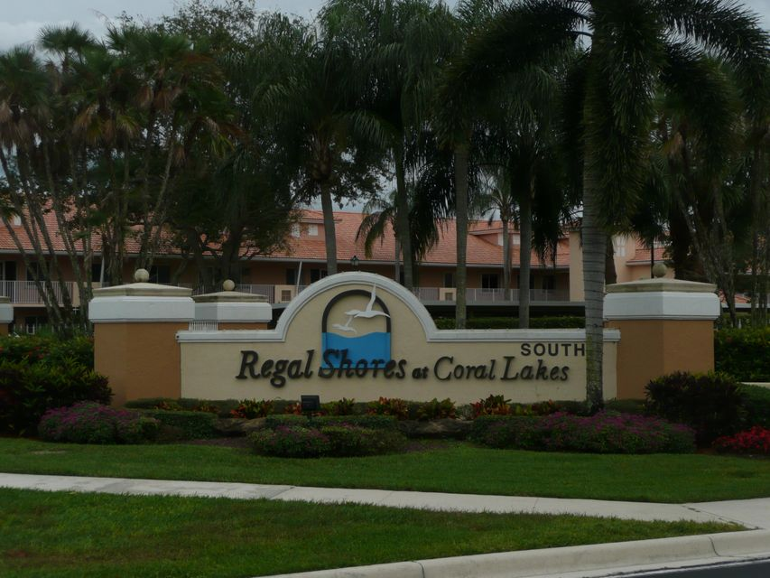 Coral Lakes / Regal Shores Condo 5876 Regal-glen Drive