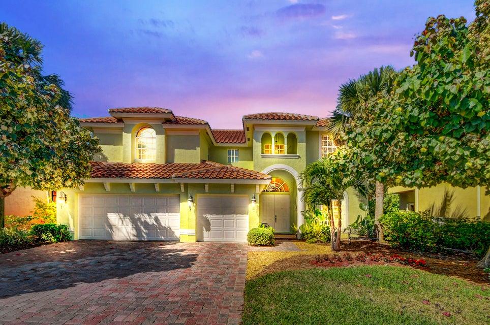 Home for sale in Coronado Estates Boynton Beach Florida