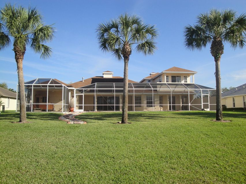 Single Family Home for Sale at 2638 SW River Shore Drive 2638 SW River Shore Drive Port St. Lucie, Florida 34984 United States