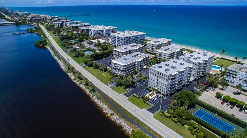 Condominium for Rent at 3200 S Ocean Boulevard # D101 3200 S Ocean Boulevard # D101 Palm Beach, Florida 33480 United States