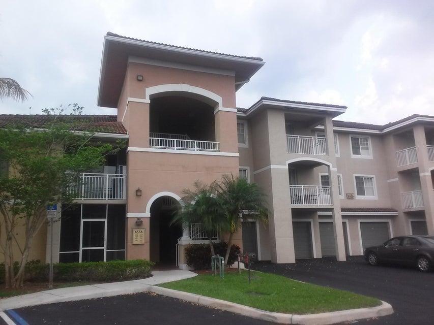 Condominium for Rent at 6556 Emerald Dunes Drive # 207 6556 Emerald Dunes Drive # 207 West Palm Beach, Florida 33411 United States