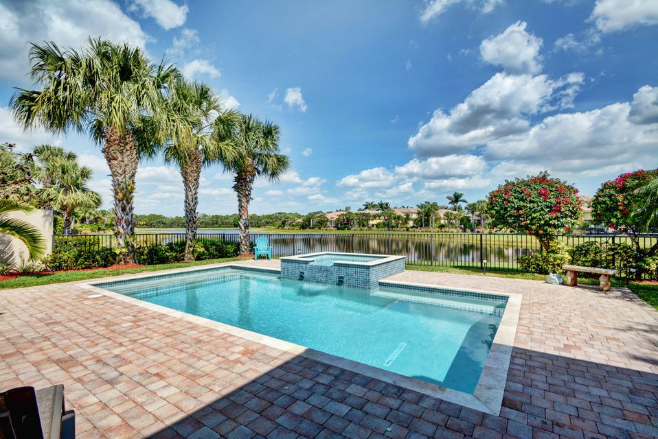 Photo of 102 Tranquilla Drive, Palm Beach Gardens, FL 33418