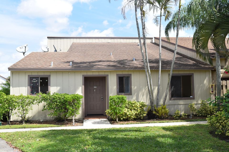 Townhouse for Rent at 11879 Sturbridge Lane 11879 Sturbridge Lane Wellington, Florida 33414 United States
