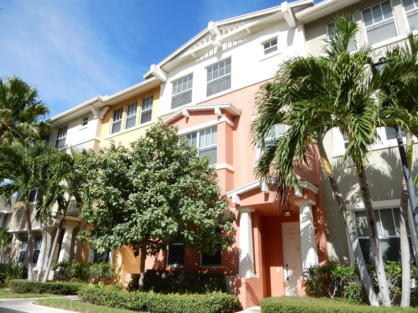 Townhouse for Sale at 1740 San Benito Way # 3 1740 San Benito Way # 3 West Palm Beach, Florida 33401 United States