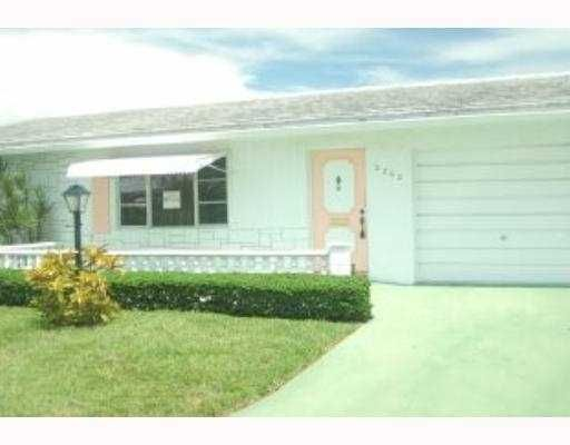 Single Family Home for Sale at 2202 SW 13th Place 2202 SW 13th Place Boynton Beach, Florida 33426 United States