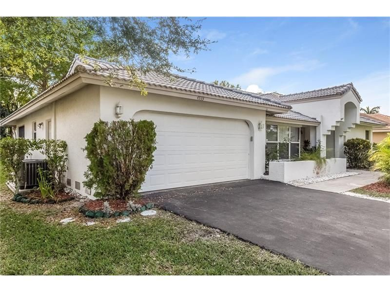 Single Family Home for Rent at 4533 NW 88th Terrace 4533 NW 88th Terrace Coral Springs, Florida 33065 United States