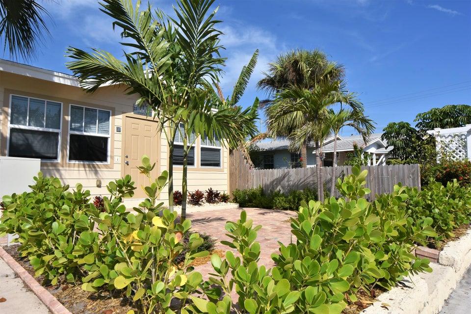 Duplex / Multiplex for Rent at 111 S L Street # 1 111 S L Street # 1 Lake Worth, Florida 33460 United States