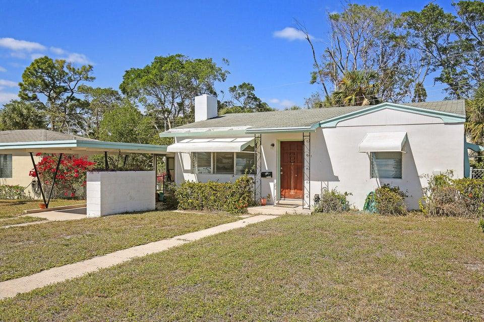 953 Churchill Road West Palm Beach, FL 33405 photo 2