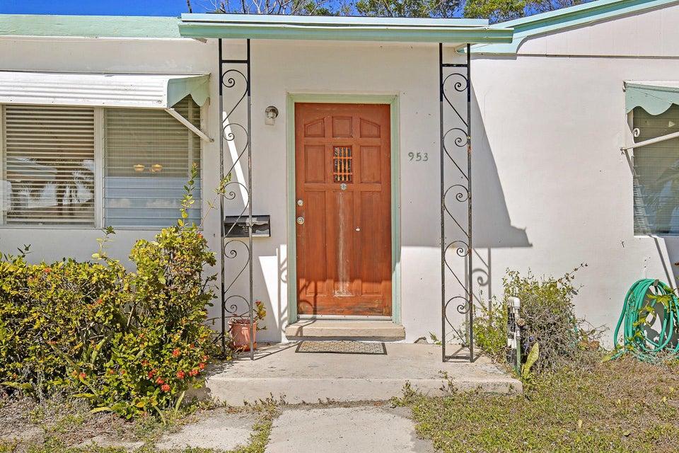 953 Churchill Road West Palm Beach, FL 33405 photo 3