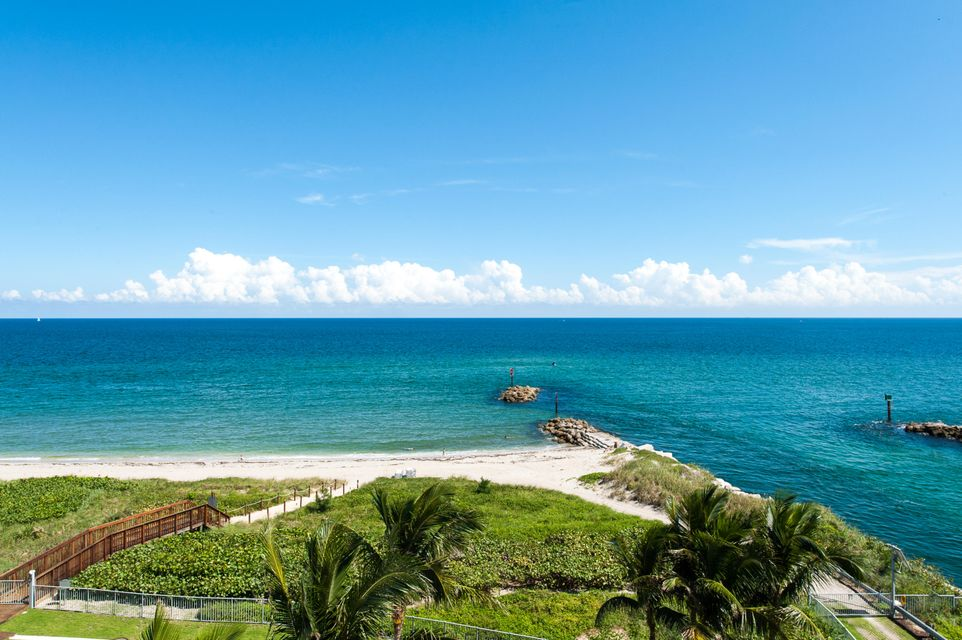 Condominium for Sale at 1000 S Ocean Boulevard # 304 1000 S Ocean Boulevard # 304 Boca Raton, Florida 33432 United States