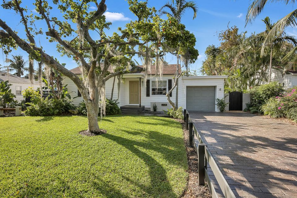 Home for sale in NICHOLS 2ND ADD TO DELRAY Delray Beach Florida