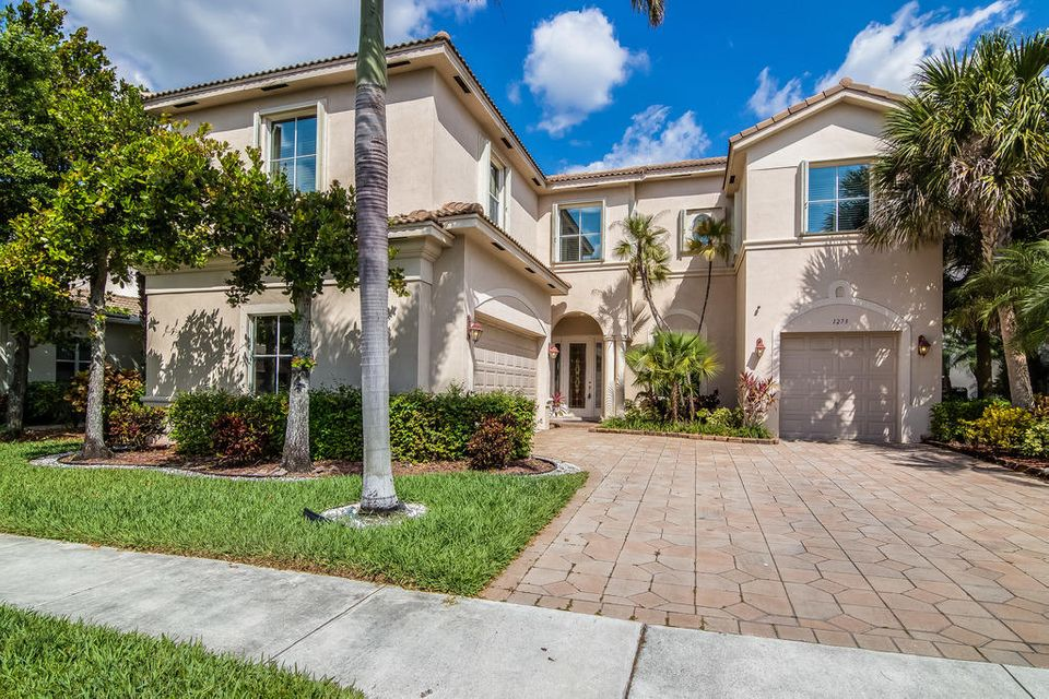 Single Family Home for Rent at 1273 Beacon Circle 1273 Beacon Circle Wellington, Florida 33414 United States