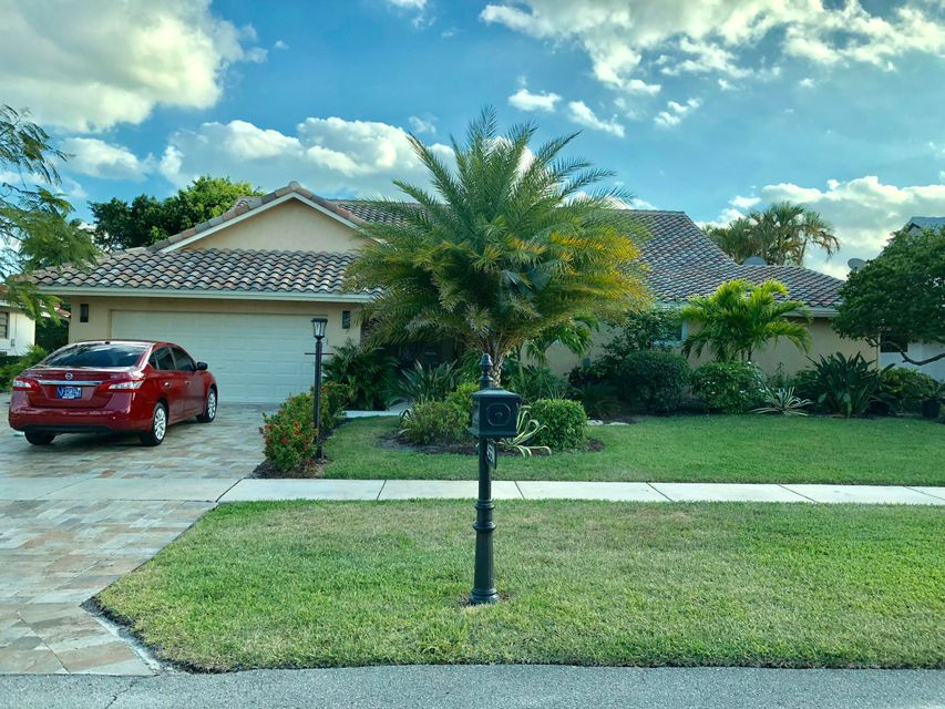 4550 White Cedar Lane  Delray Beach, FL 33445