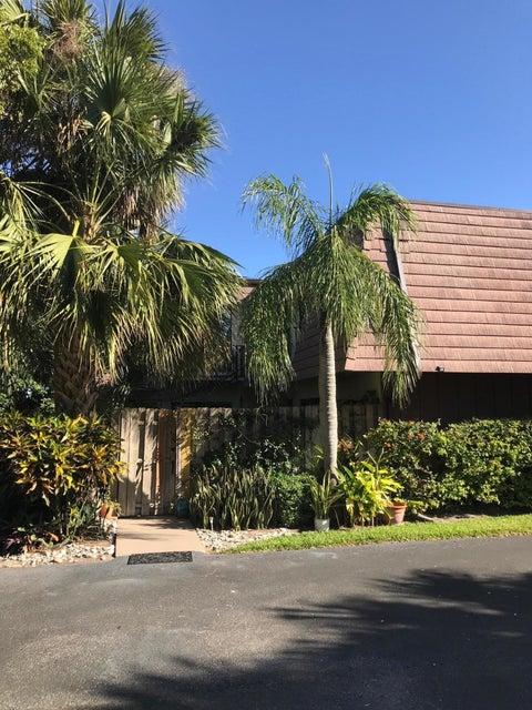 704 Miramar Lane , Palm Beach Gardens FL 33410 is listed for sale as MLS Listing RX-10412682 29 photos