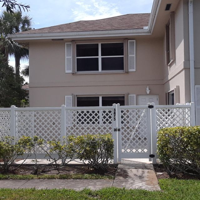 Townhouse for Sale at 3475 SW Sunset Trace Circle 3475 SW Sunset Trace Circle Palm City, Florida 34990 United States