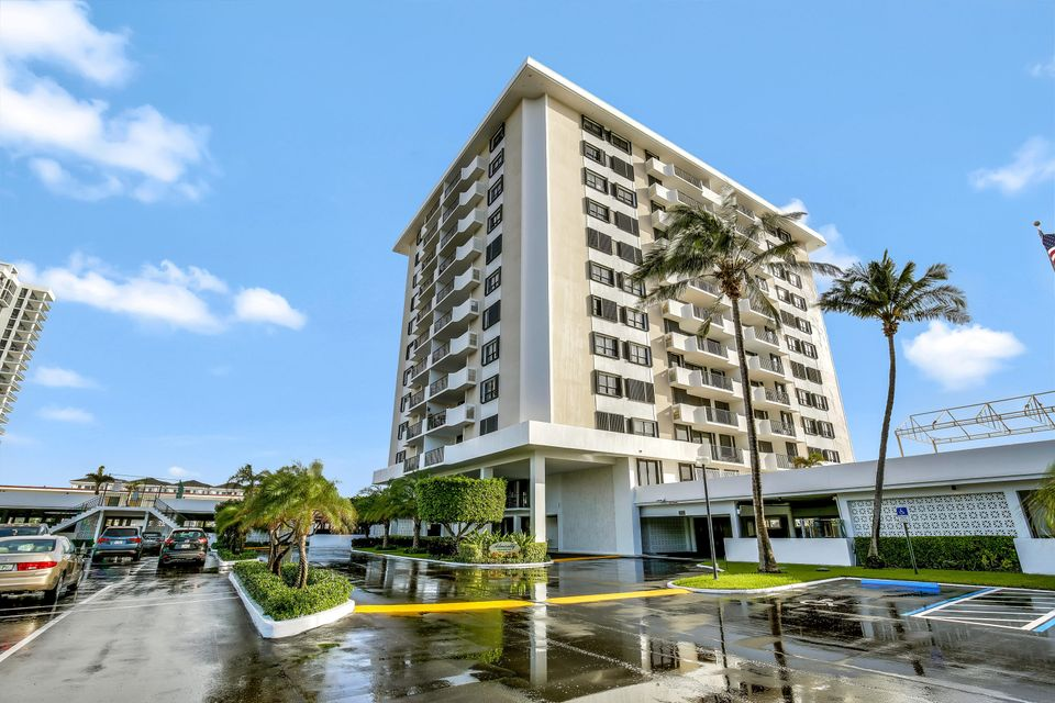 1208 Marine Way 302 , North Palm Beach FL 33408 is listed for sale as MLS Listing RX-10412283 25 photos