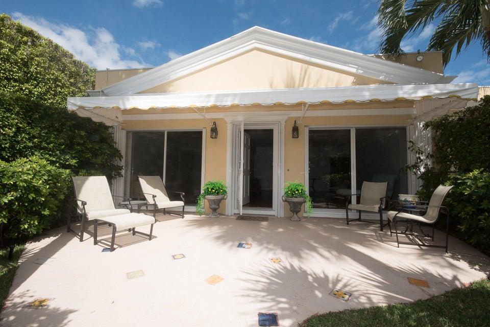 Condominium for Sale at 225 Everglade Avenue # 1 225 Everglade Avenue # 1 Palm Beach, Florida 33480 United States