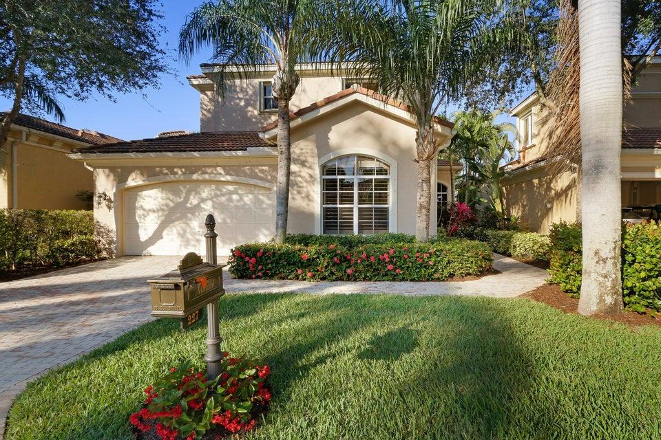 227 Andalusia Drive Palm Beach Gardens,Florida 33418,4 Bedrooms Bedrooms,3 BathroomsBathrooms,A,Andalusia,RX-10412352