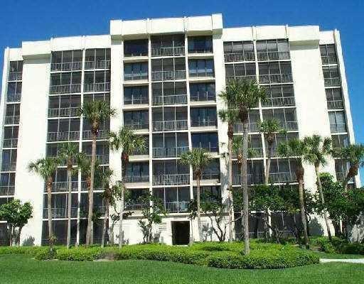 1846 Bridgewood Drive 1846  Boca Raton FL 33434