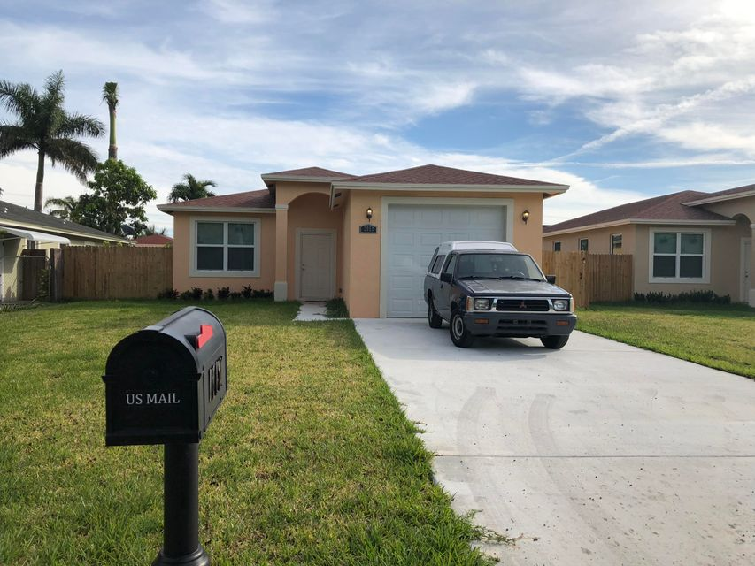 2952 Ohio Street  West Palm Beach FL 33411