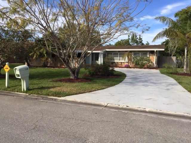 Home for sale in Willows West Palm Beach Florida