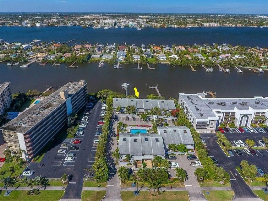 3543 S Ocean Boulevard 105 South Palm Beach, FL 33480 photo 3