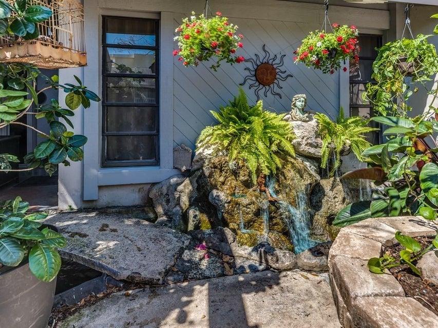 3543 S Ocean Boulevard 105 South Palm Beach, FL 33480 photo 10