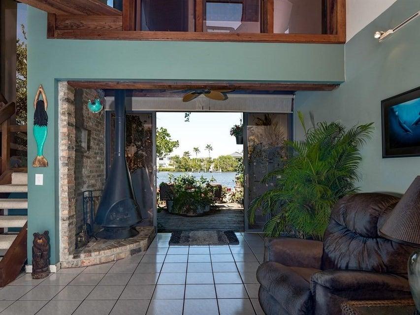 3543 S Ocean Boulevard 105 South Palm Beach, FL 33480 photo 17