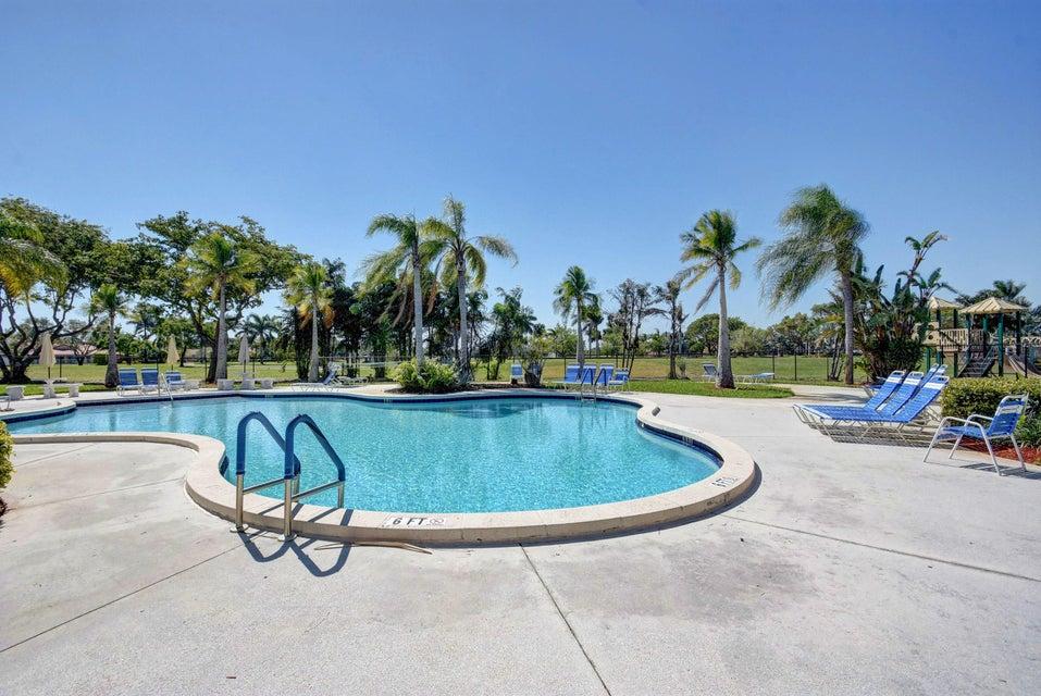 8095 Burlington Court Lake Worth, FL 33467 photo 29