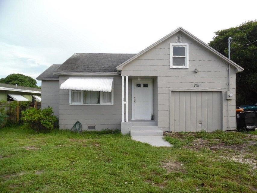 1751 4th-(A, B, C) Avenue  Lake Worth, FL 33460