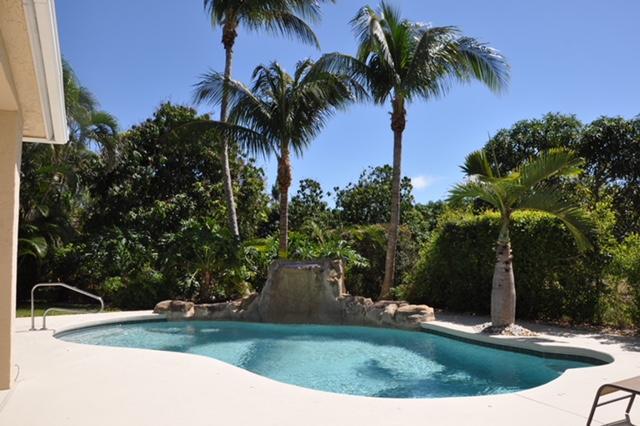 32 Lake Eden Drive  Boynton Beach FL 33435
