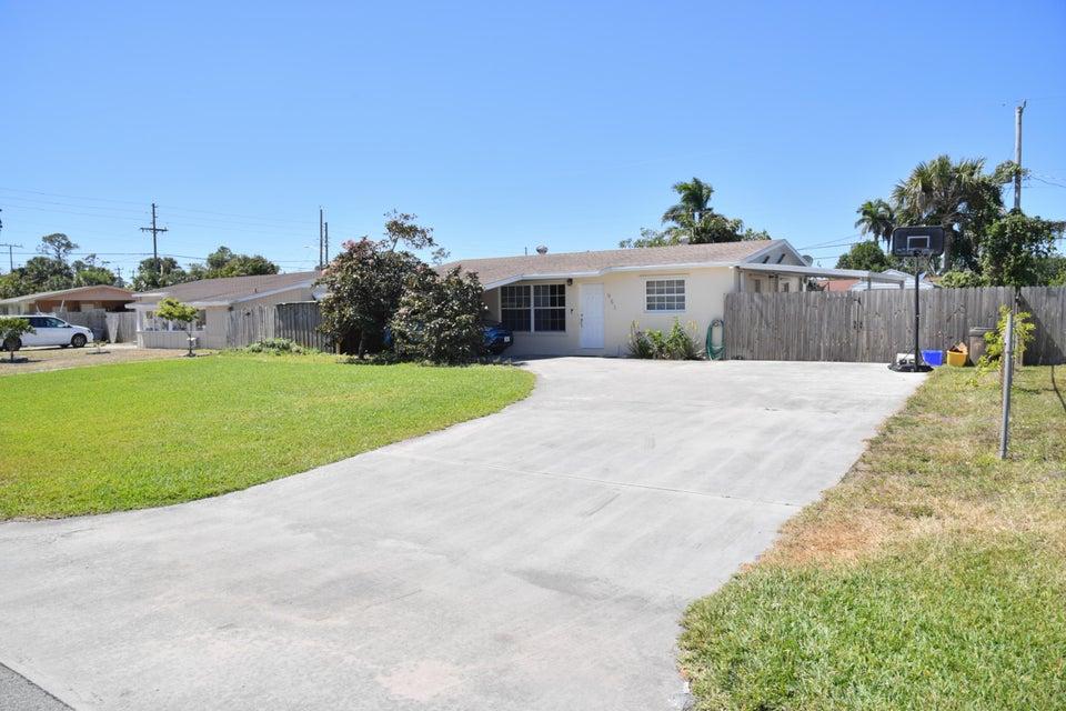 951 Belmont Drive  West Palm Beach, FL 33415