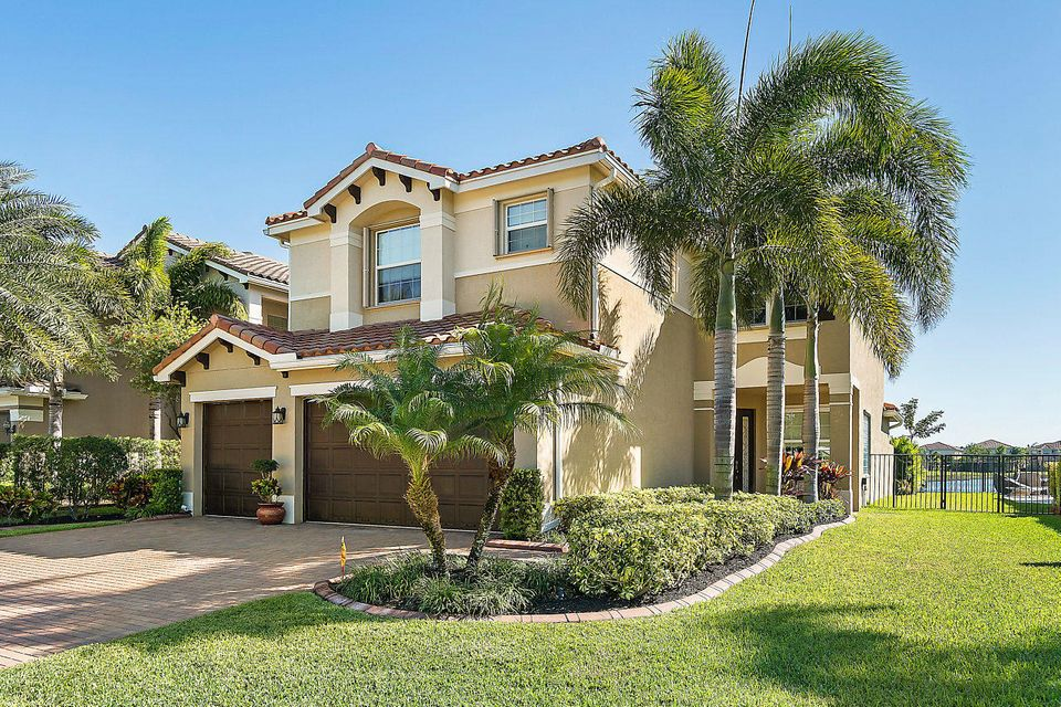 8400 Serena Creek Avenue Boynton Beach, FL 33473 - photo 3