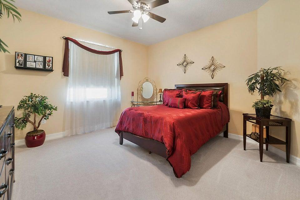 8400 Serena Creek Avenue Boynton Beach, FL 33473 - photo 24